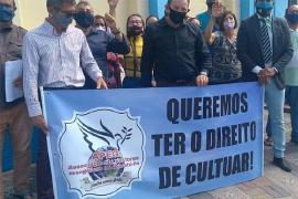 Covid-19 avança e religiosos protestam querendo aglomerar